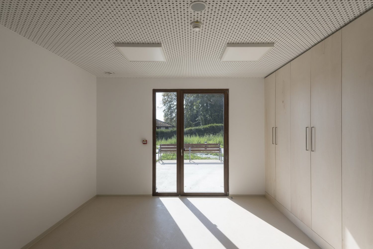 Extension of a Nursing Home by Studiolada