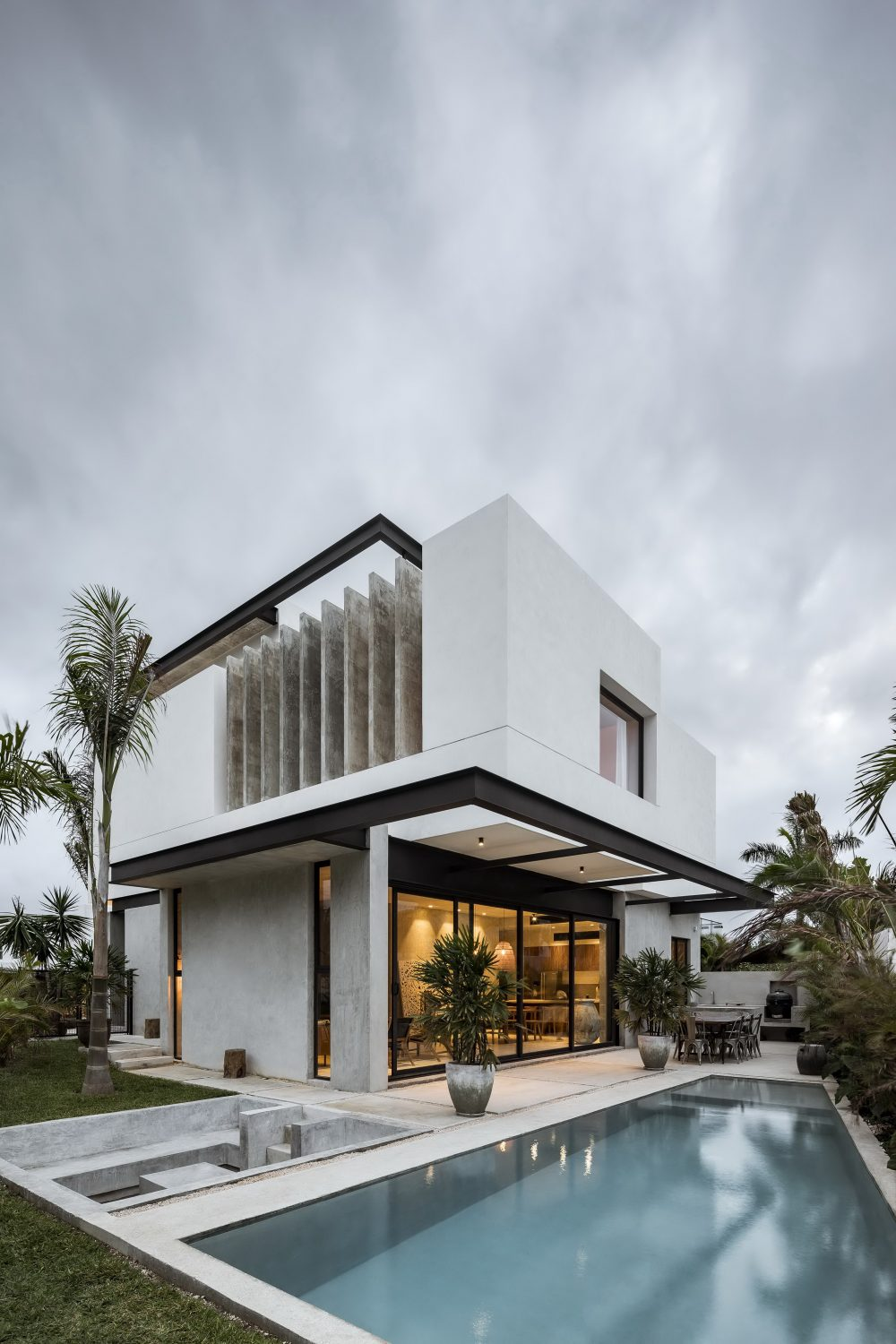 Romantic House by TAFF Arquitectos