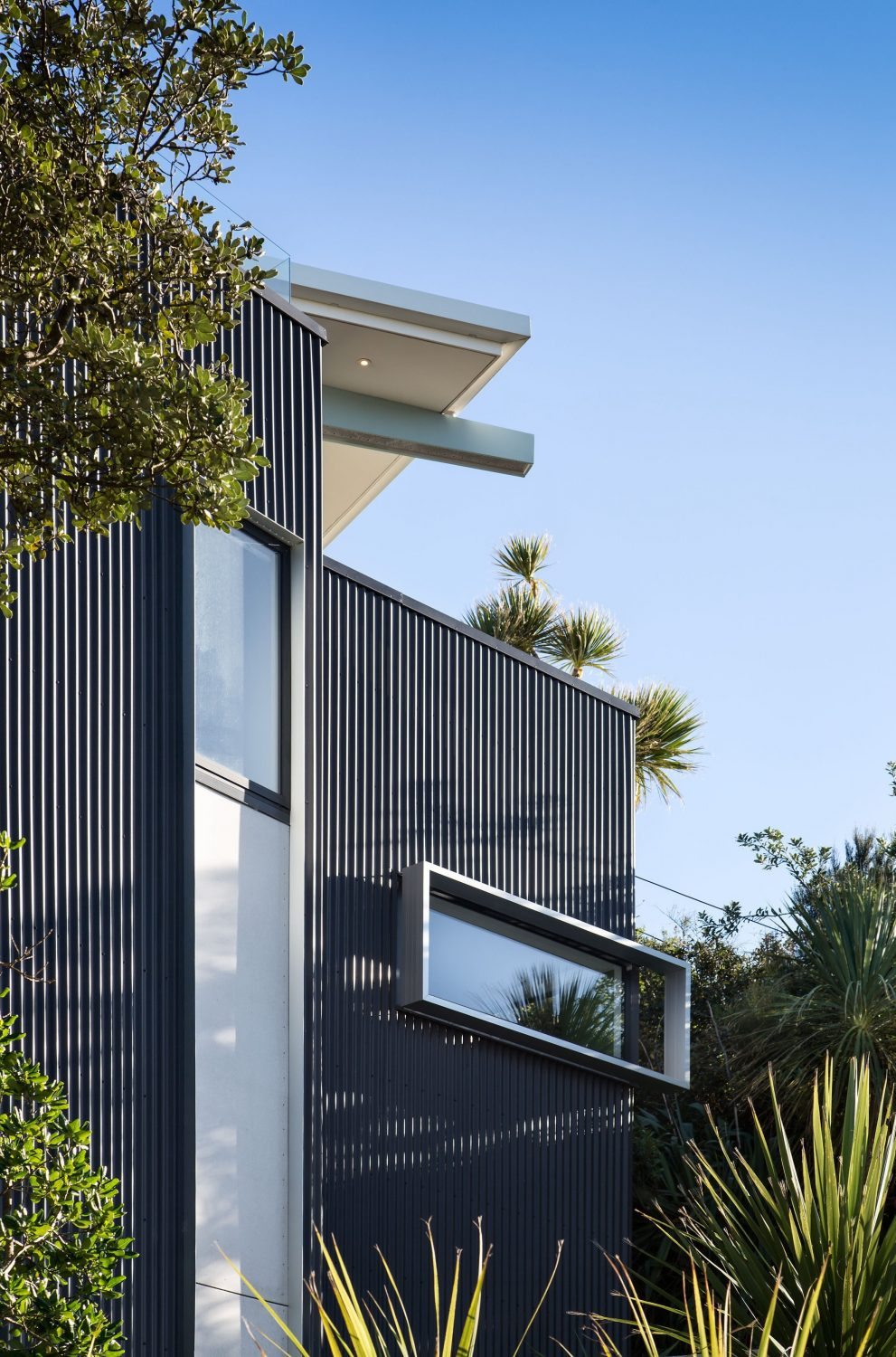 Seatoun Heights House by Parsonson Architects