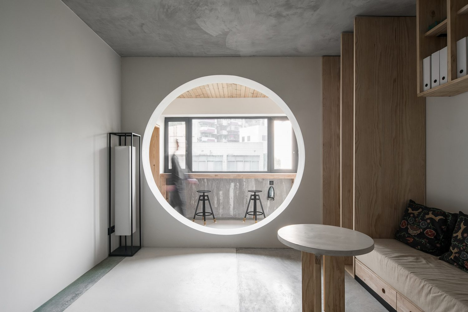 Shuang Gang Road Apartment Renovation by Xue Jin Design