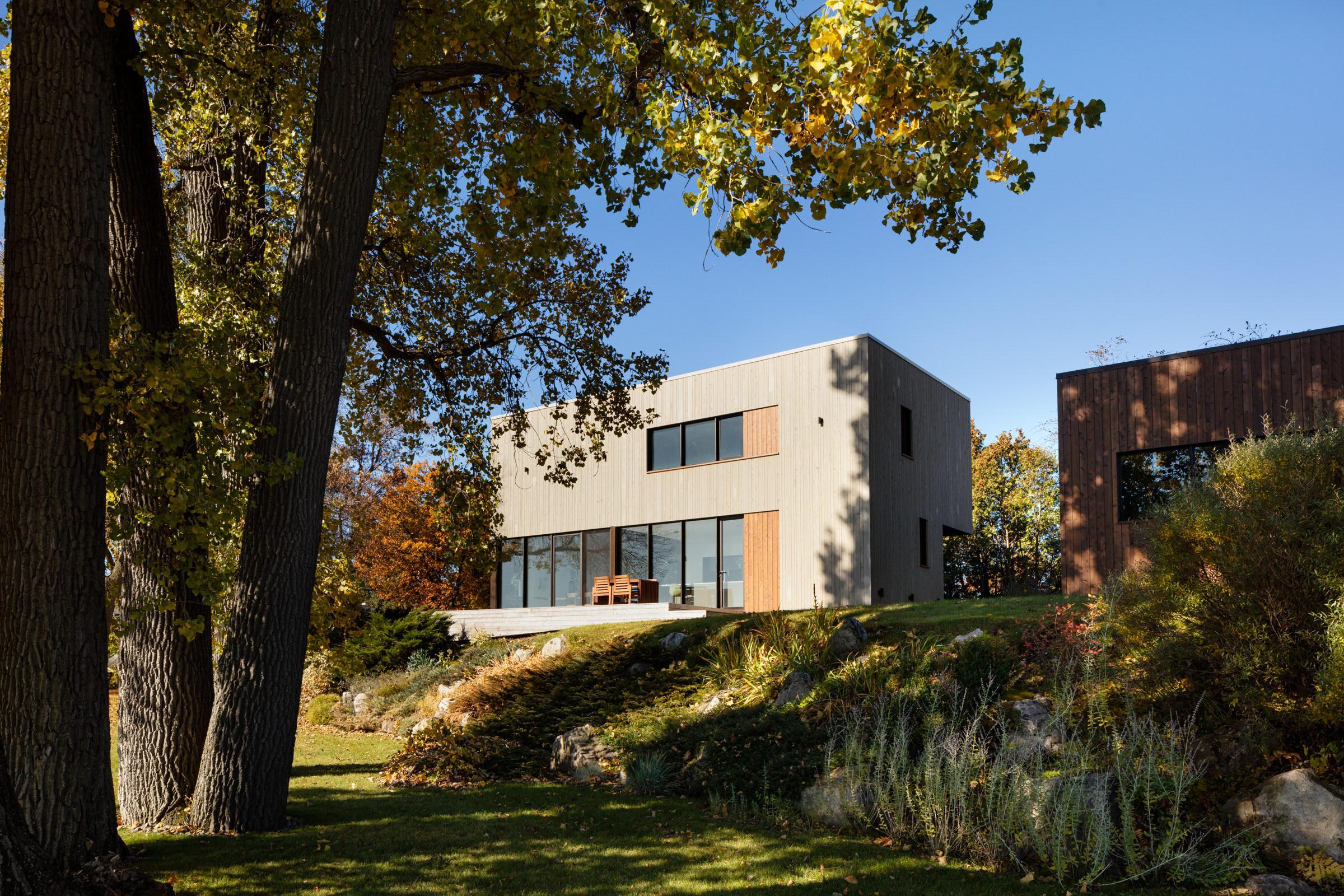 St. Ignace Residence by Nathalie Thibodeau Architecte