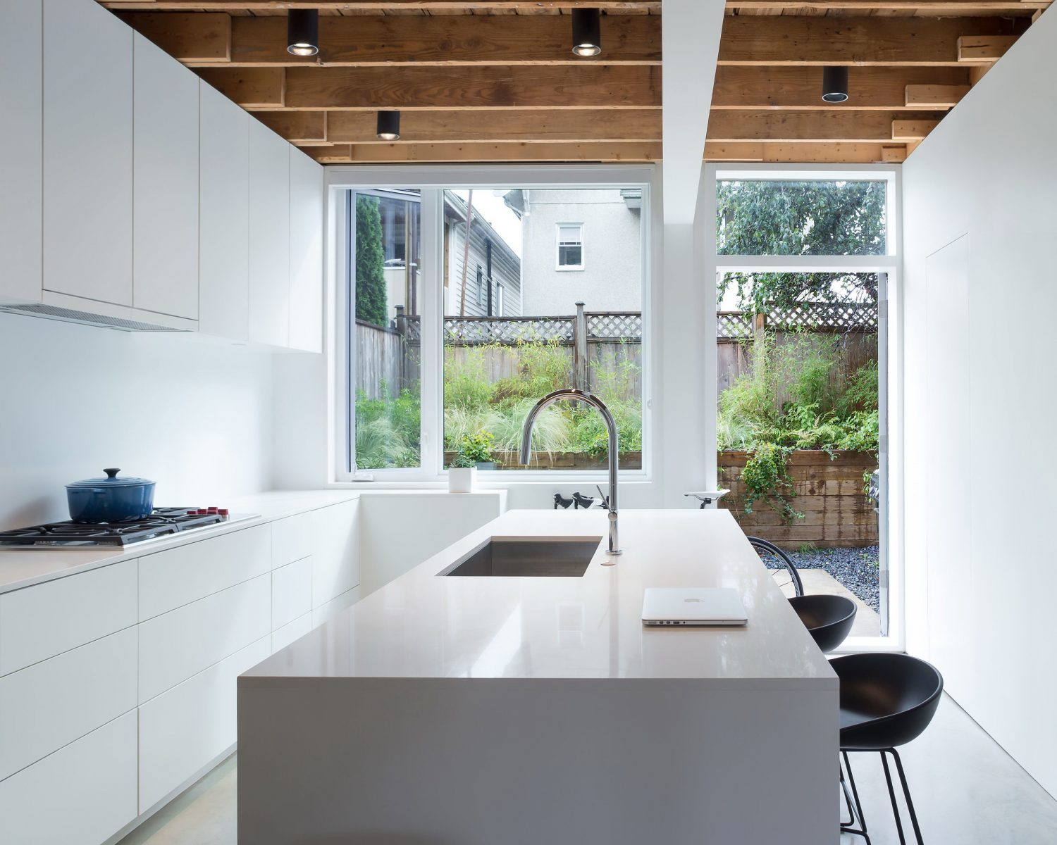 480 House by D'Arcy Jones Architecture