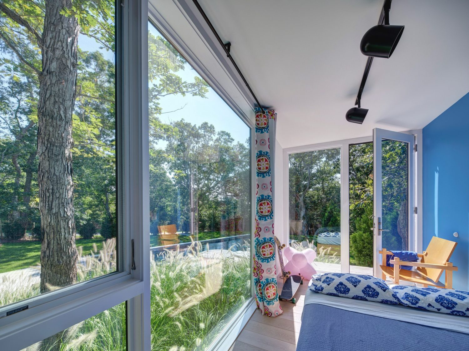 Amagansett Modular House by MB Architecture