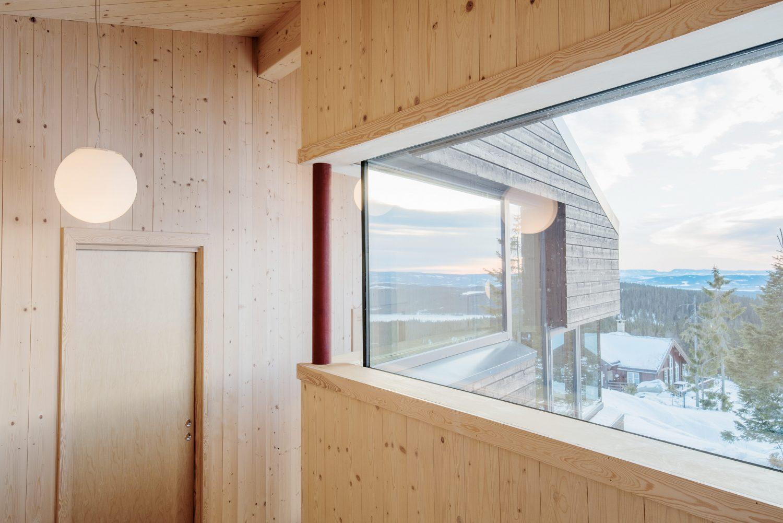 Cabin Sjusjøen by Aslak Haanshuus Arkitekter