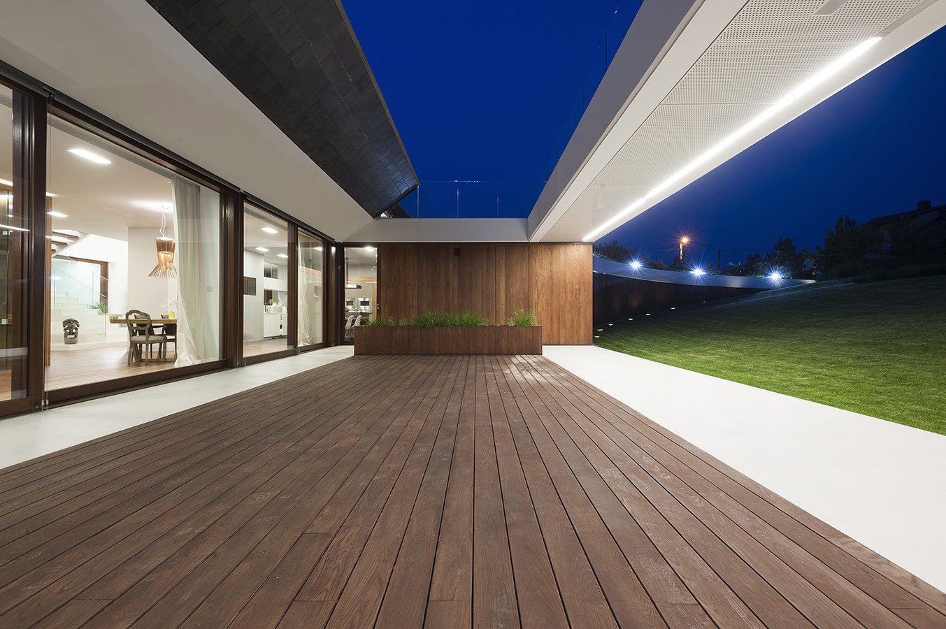 Edge House by Mobius Architekci