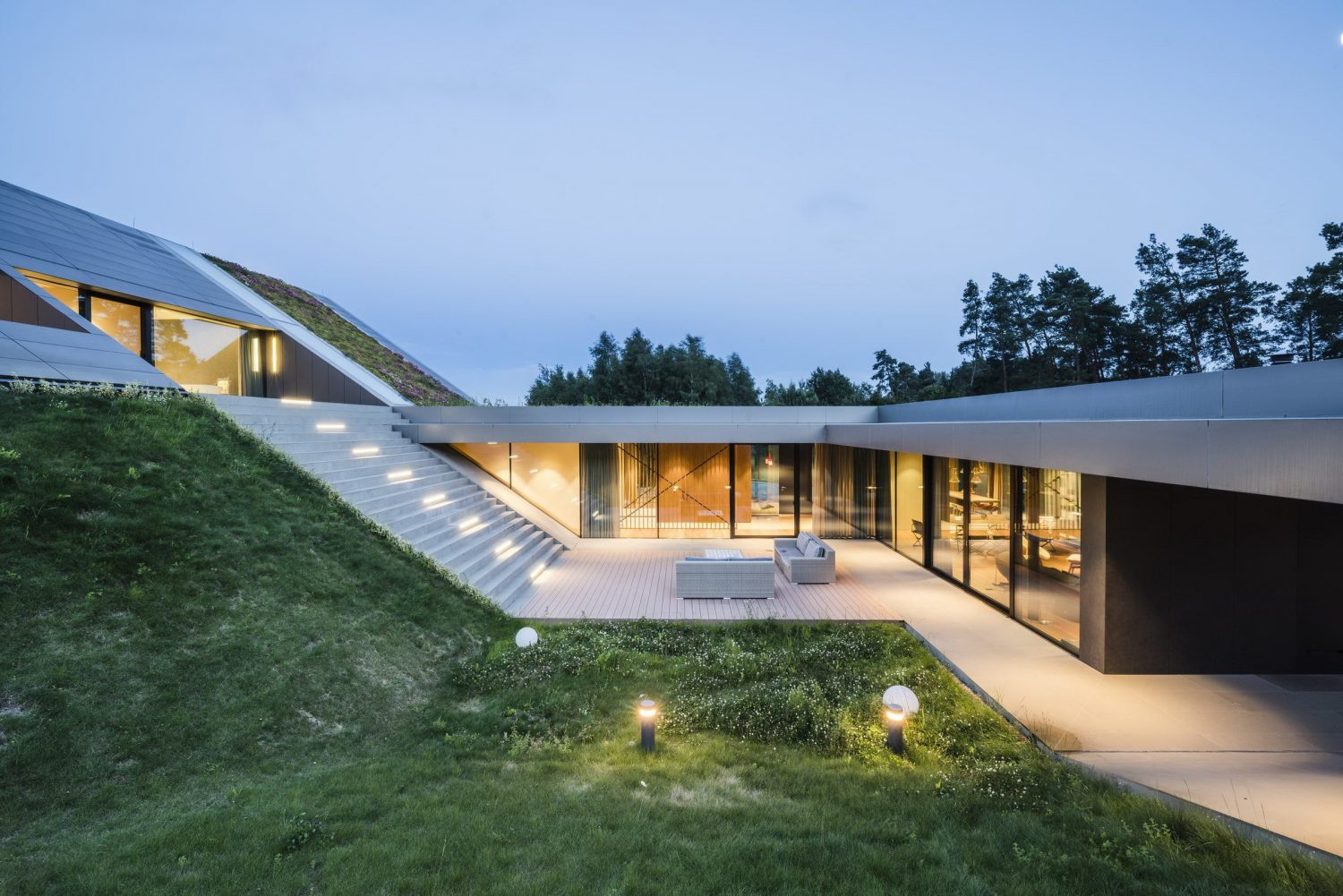 Green Line House by Mobius Architects