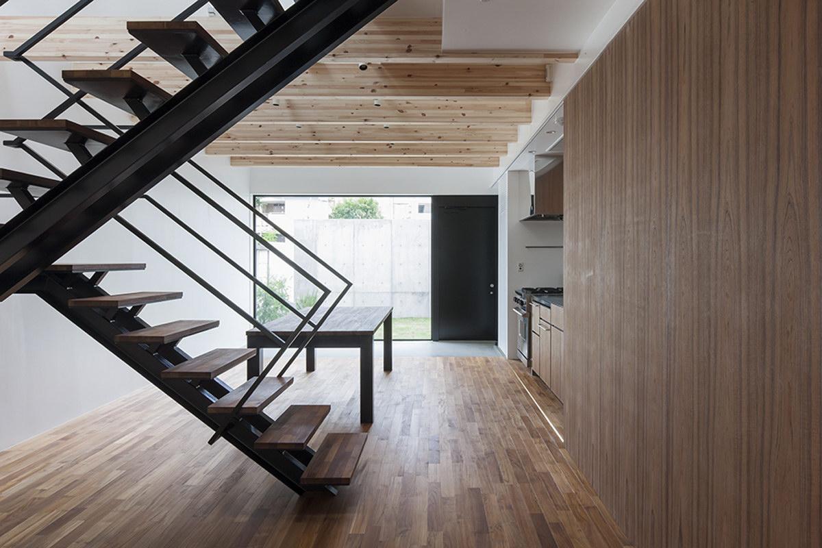 House in Daizawa by Nobuo Araki