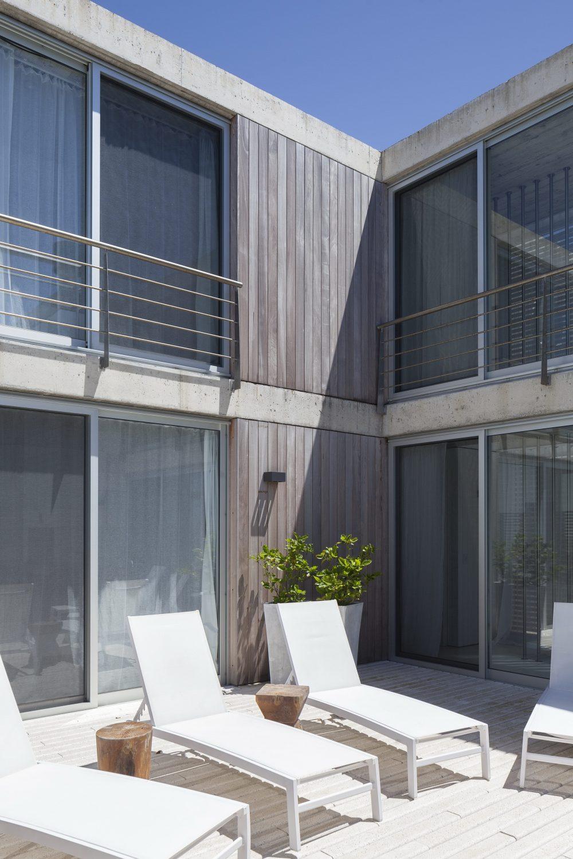 Nautilus House by Martin Gomez Arquitectos
