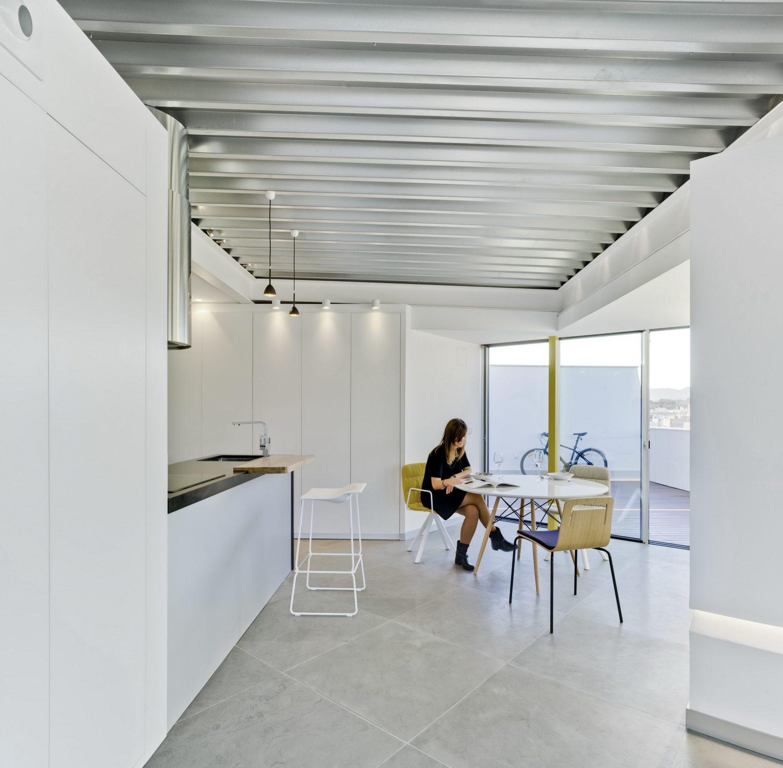 Penthouse 2L by La Errería Architecture Office