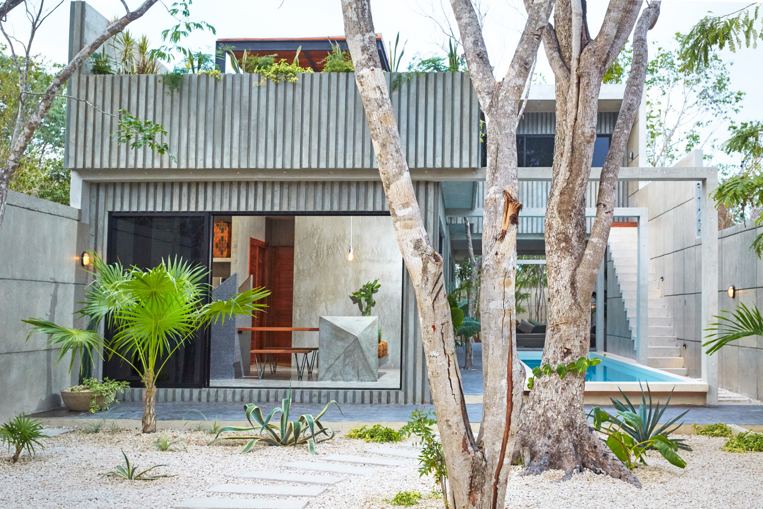 T House by Studio Arquitectos