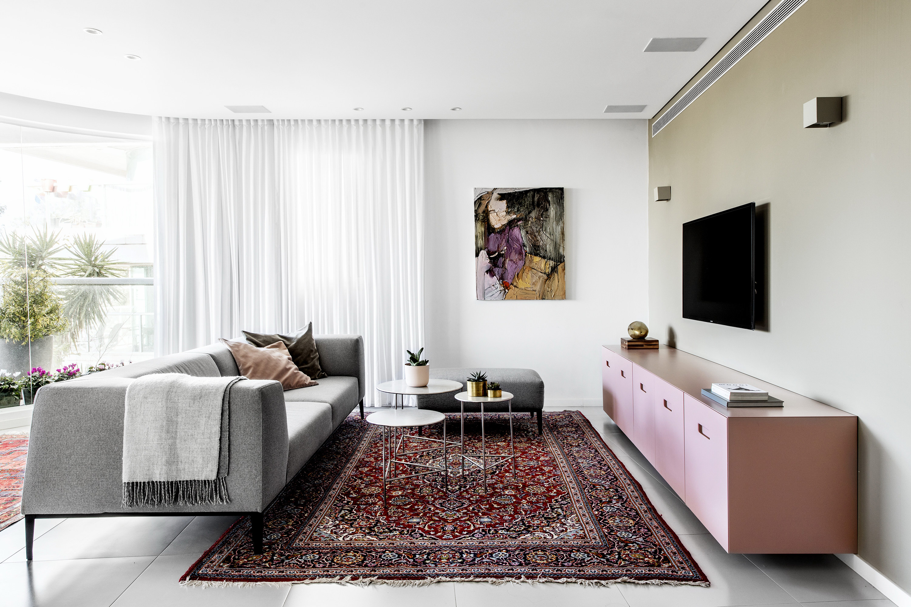 E-Apartment by Vaturi Design