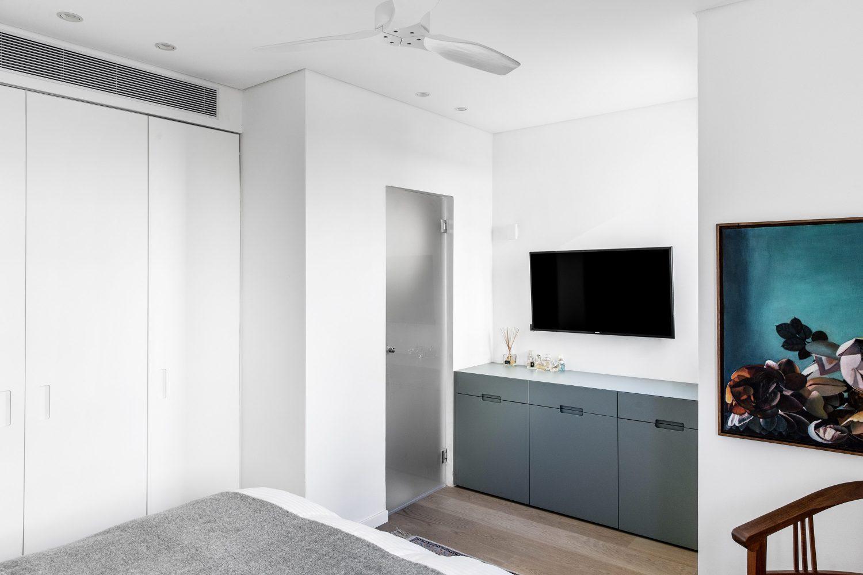 E-Apartment by Vaturi Design