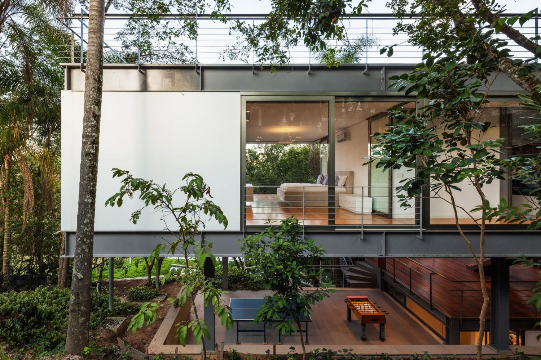 LLM House by Obra Arquitetos