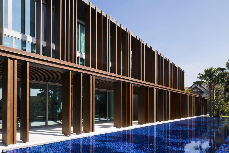 Louvers House by MIA Design Studio