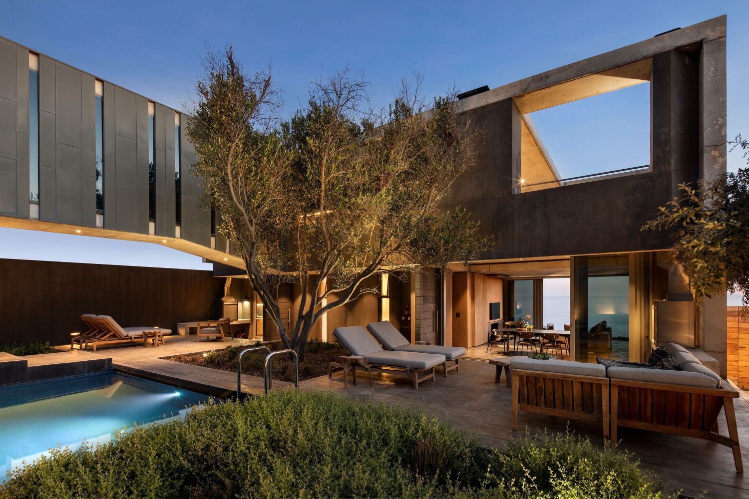 Olive Tree Villa by Gavin Maddock Design Studio