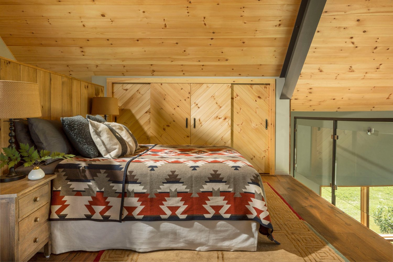 Vermont Modern Barn by Joan Heaton Architects