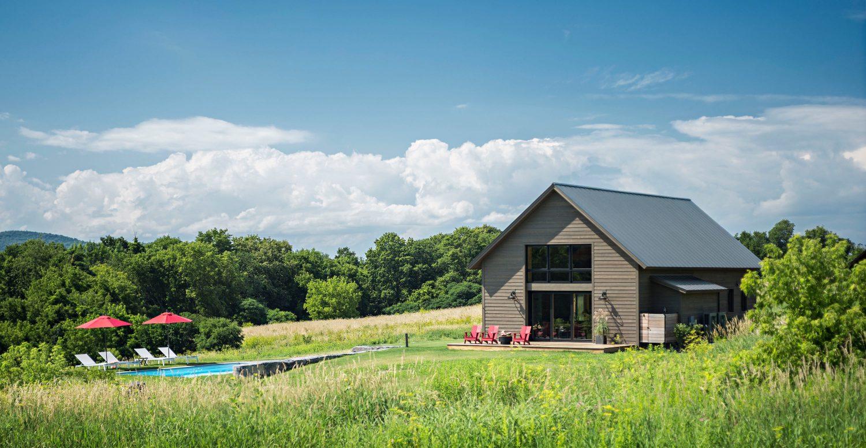 Vermont Modern Barn by Joan Heaton ArchitectsVermont Modern Barn by Joan Heaton Architects