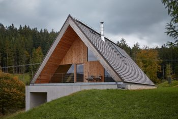 Weekend House by Pavel Míček Architects