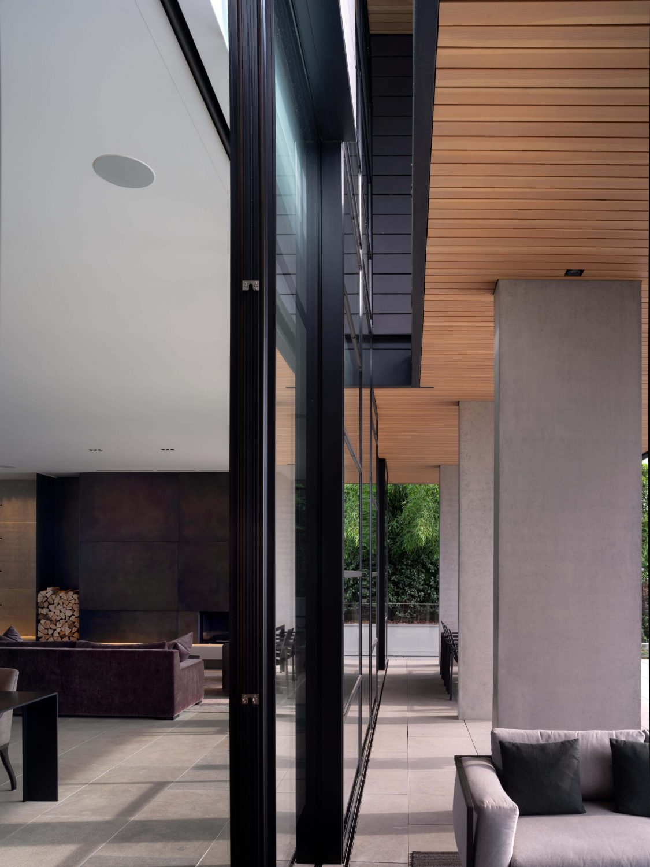 Chemin Byron House by Olson Kundig