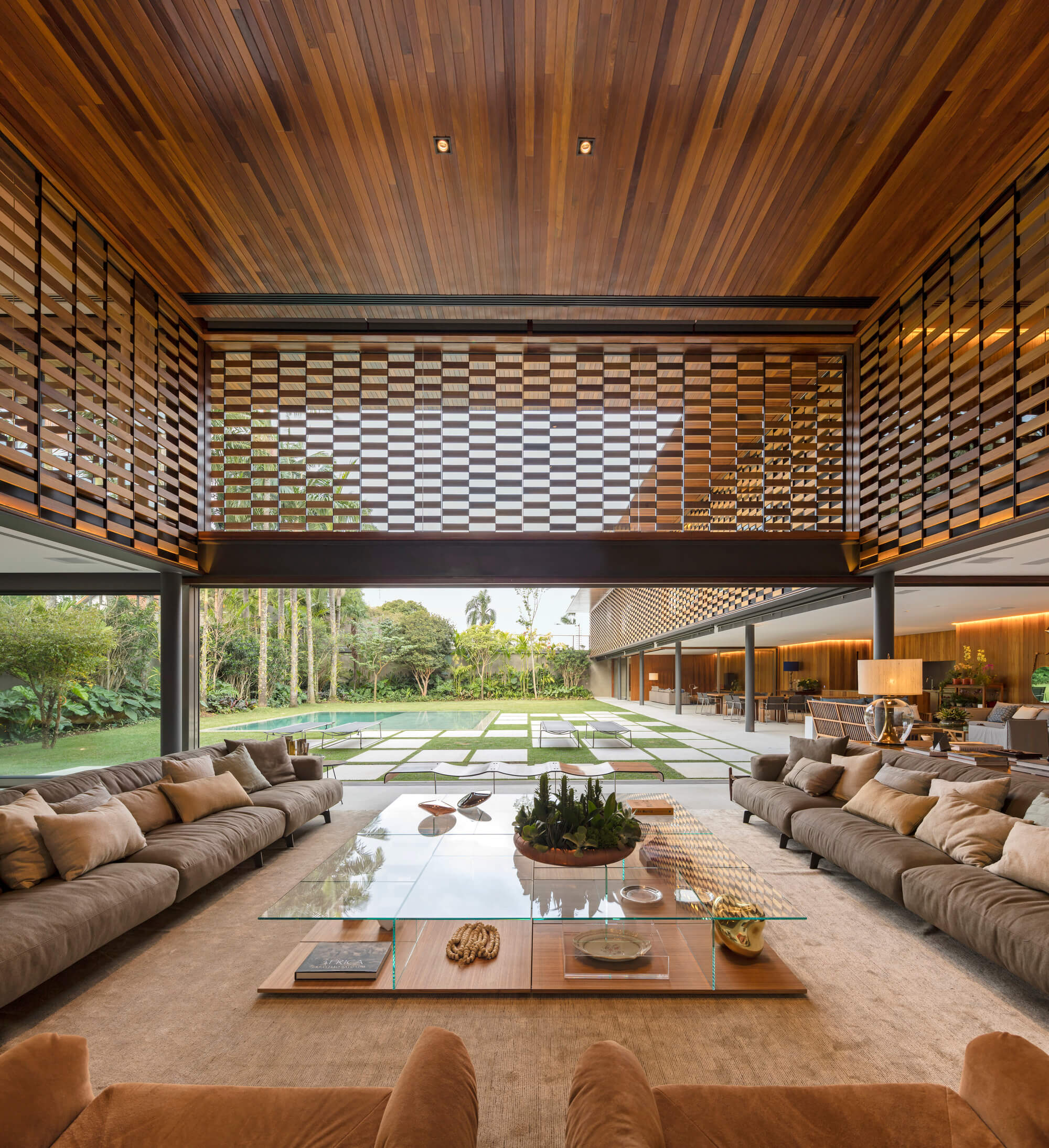 GAF House by Jacobsen Arquitetura