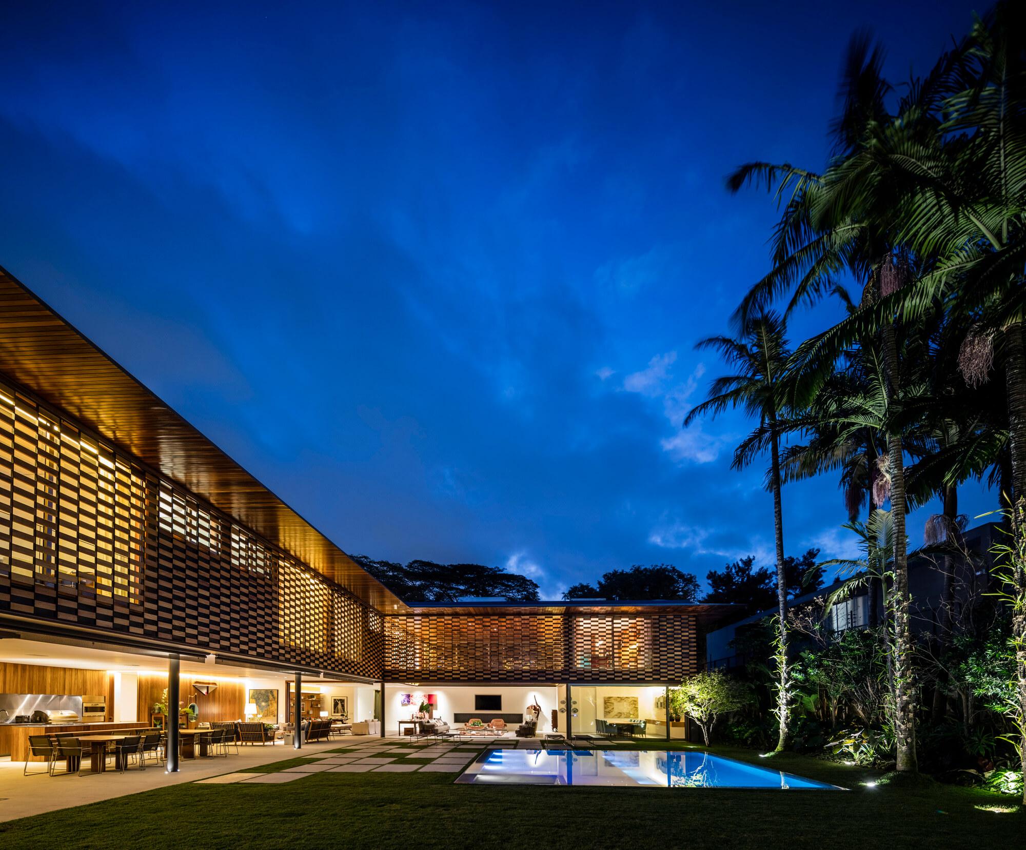 GAF House by Jacobsen Arquitetura
