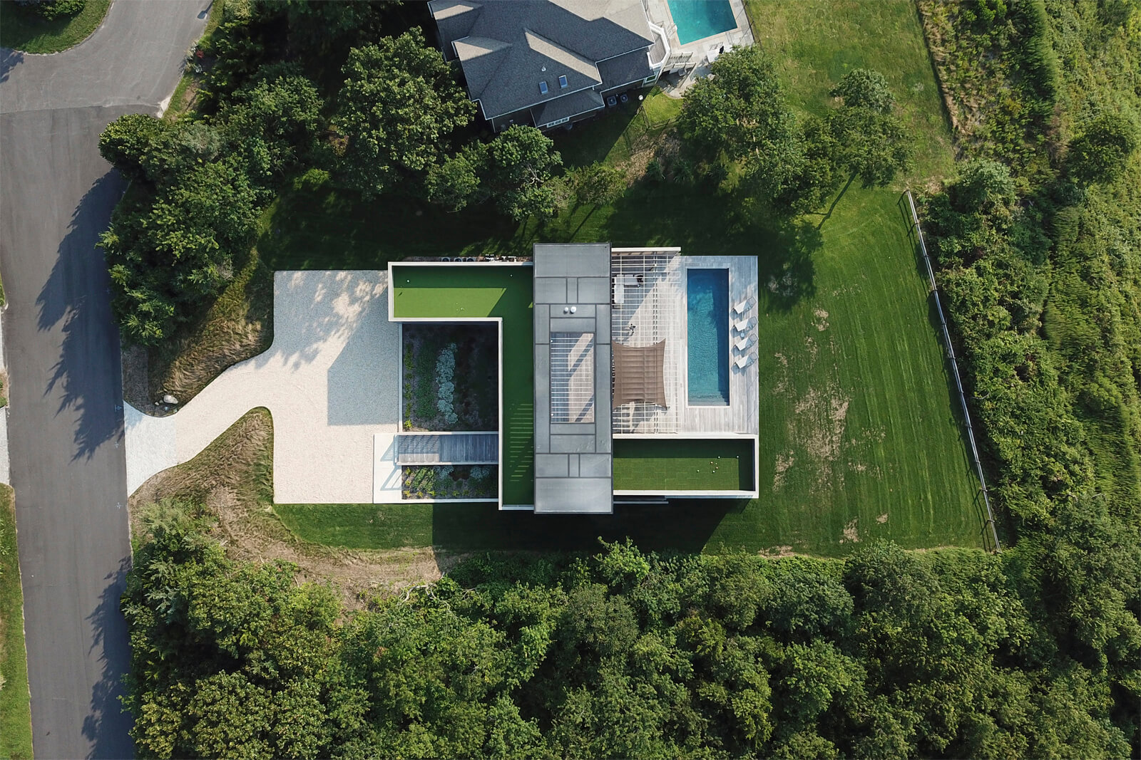 North Fork Bluff House by Resolution: 4 Architecture
