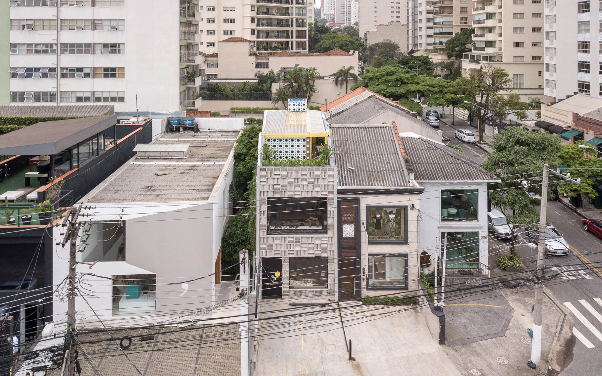 Art Gallery by Debaixo do Bloco Arquitetura