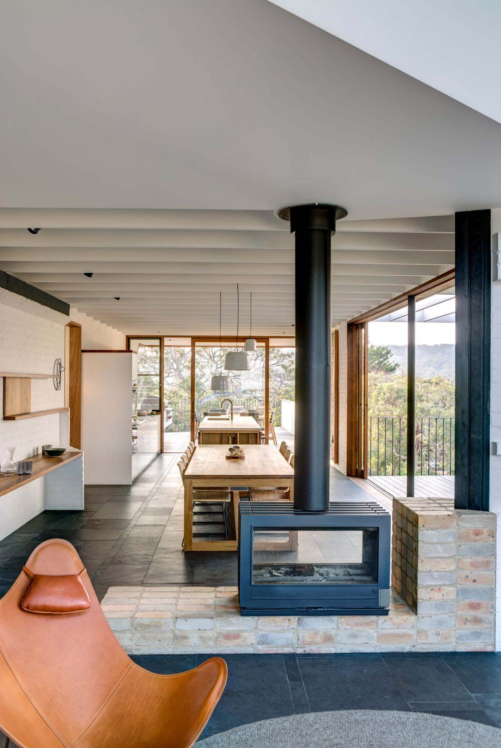 Breezeway House by David Boyle Architect