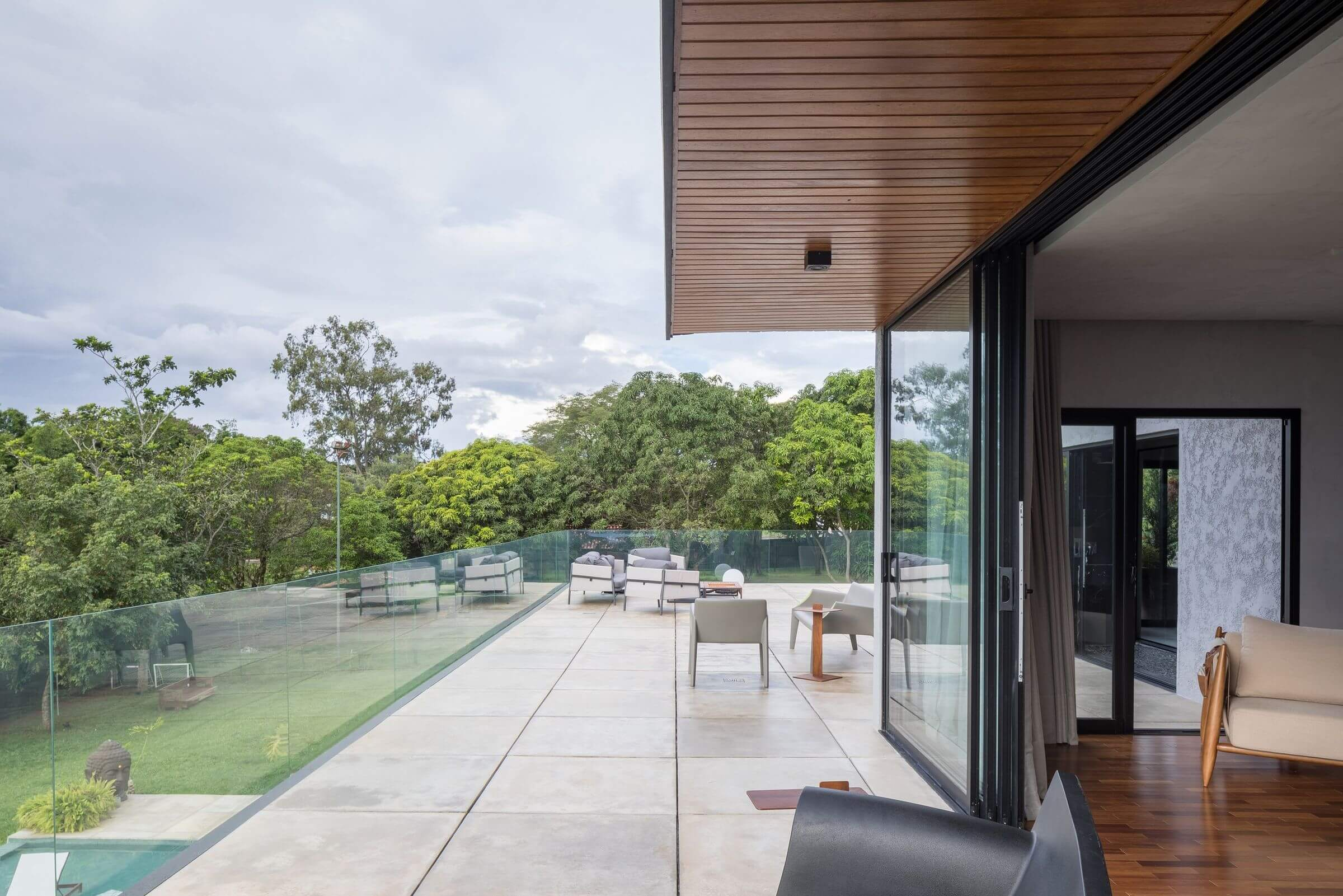 S2 House by Debaixo do Bloco Arquitetura