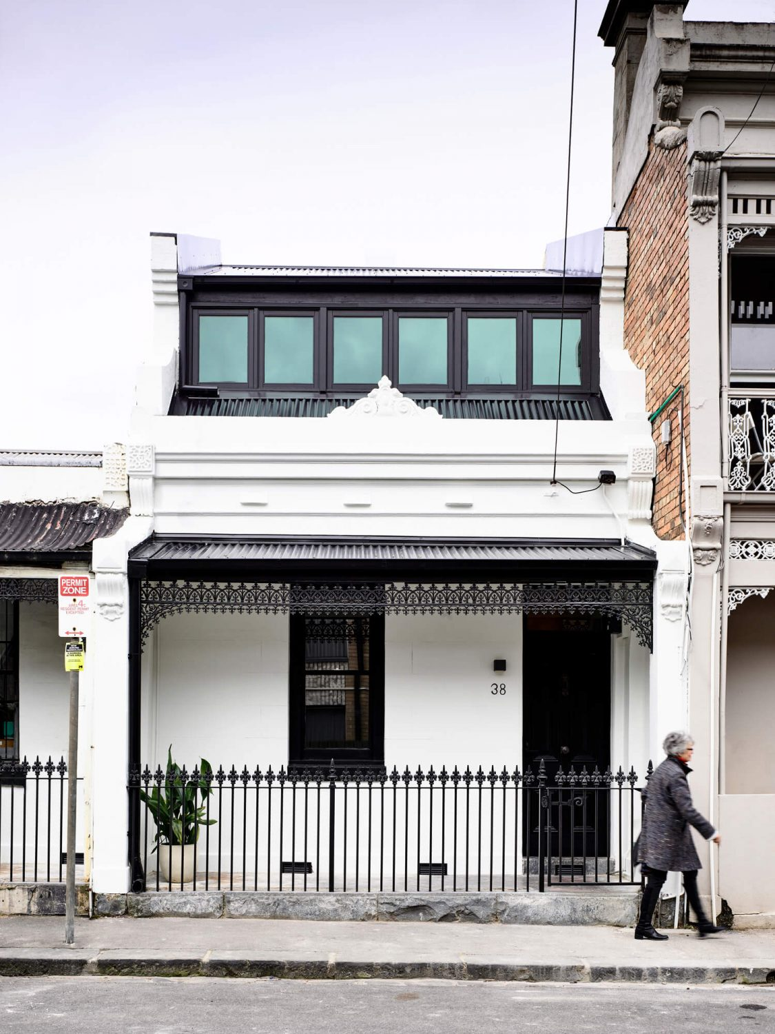 The Carlton House by Tom Robertson Architects