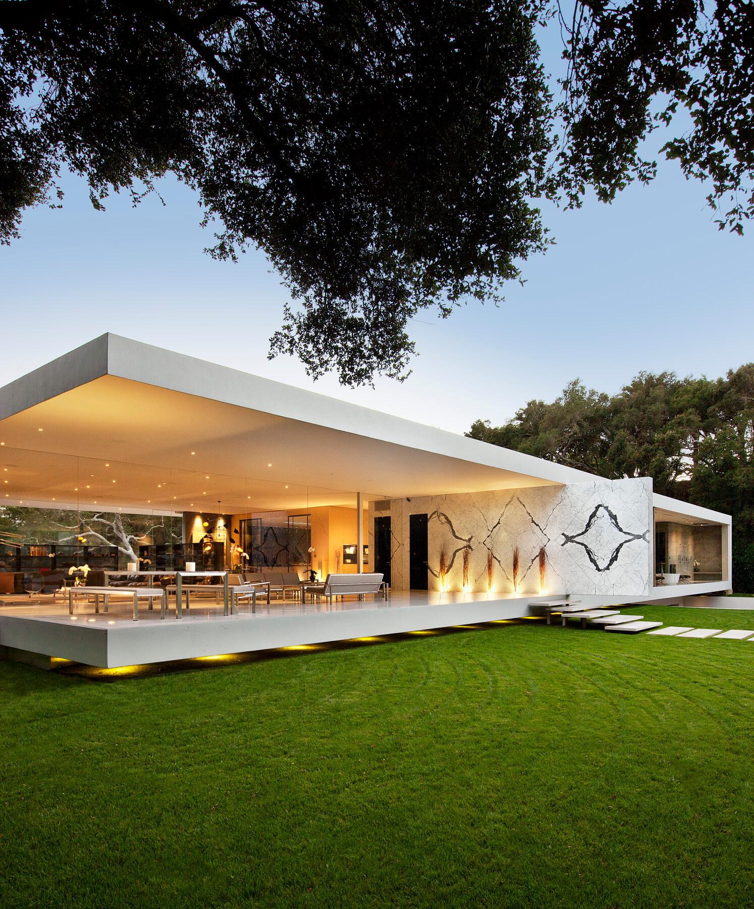 The Glass Pavilion by Steve Hermann
