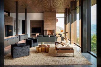 Yellowstone Residence by Stuart Silk Architects