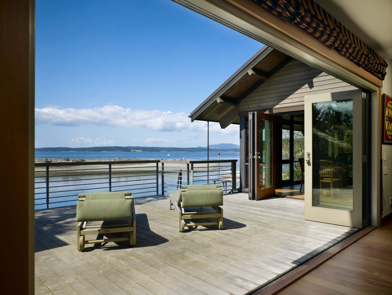 Lopez Island Beach House by Graham Baba Architects