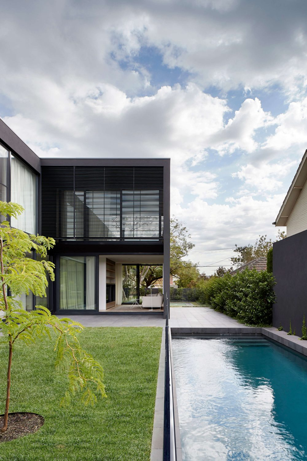 Mayfield Avenue Residence by studiofour