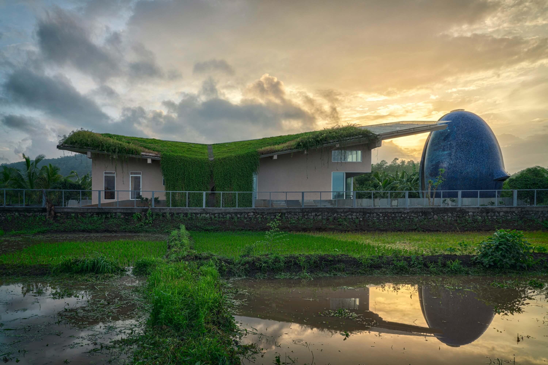 Sunoo Temple House by Saket Sethi