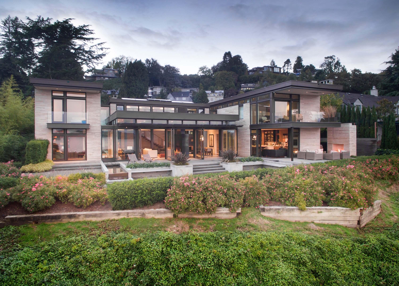 Washington Park Hillside Residence by Stuart Silk Architects