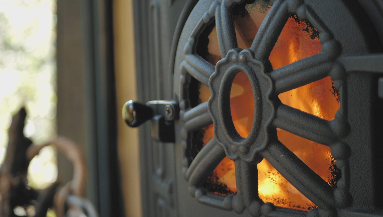 Wild'in – Prefabricated Modular Cabin in Transylvania