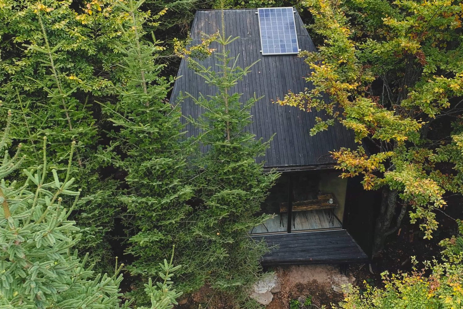 Wild'in – Prefabricated Modular Cabin in Transylvania