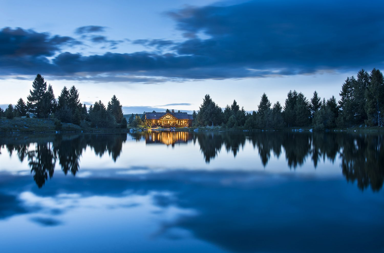 Lake Cabin by Cushing Terrell