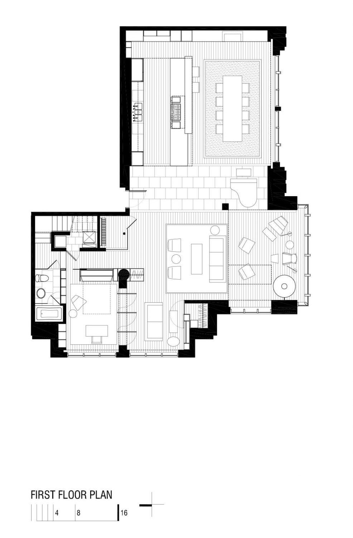 Metropole 708 by Robert M. Gurney