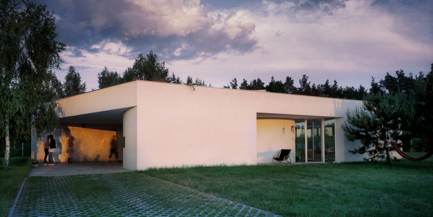 OUTrial House by Robert Konieczny KWK Promes