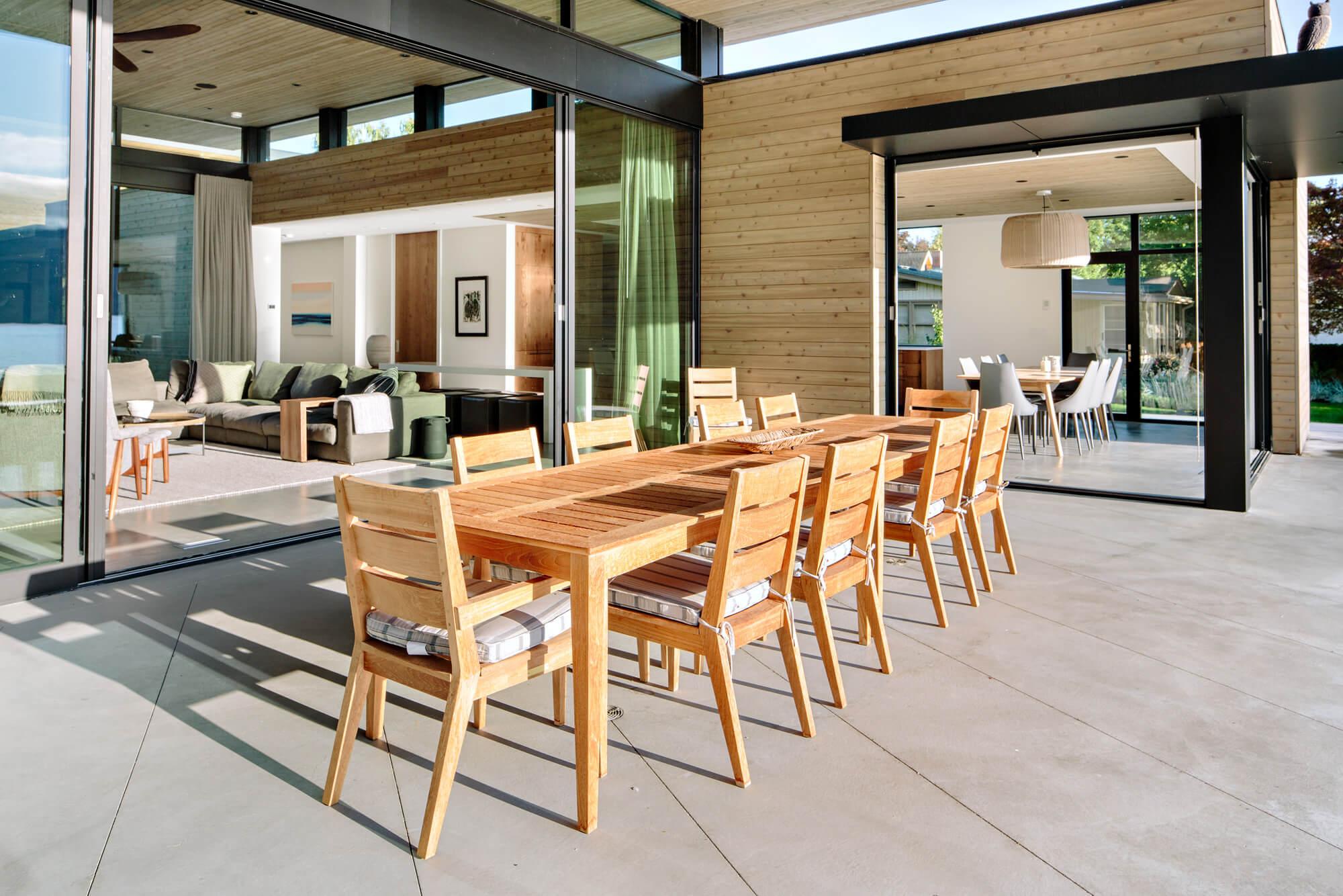 Okanagan Lakeside Residence by Ritchie Custom Homes