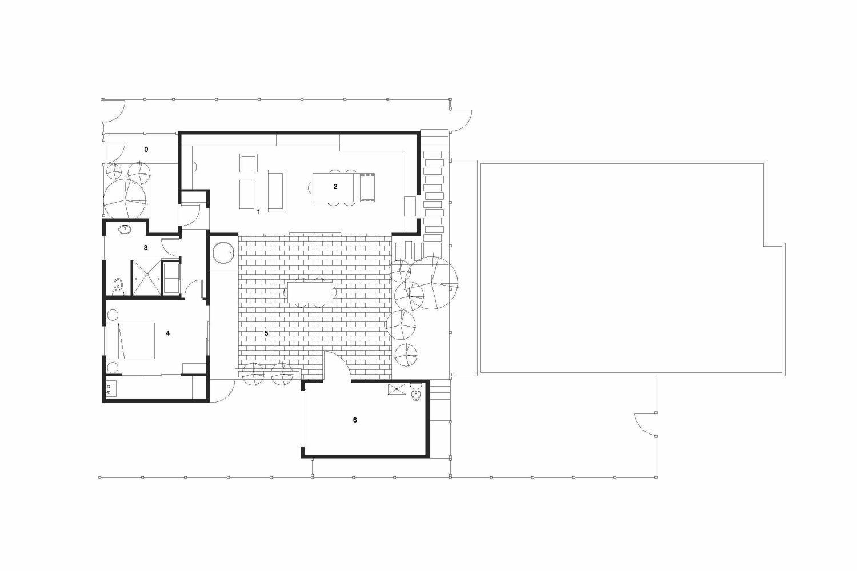 Central Area Backyard Cottage by Fivedot